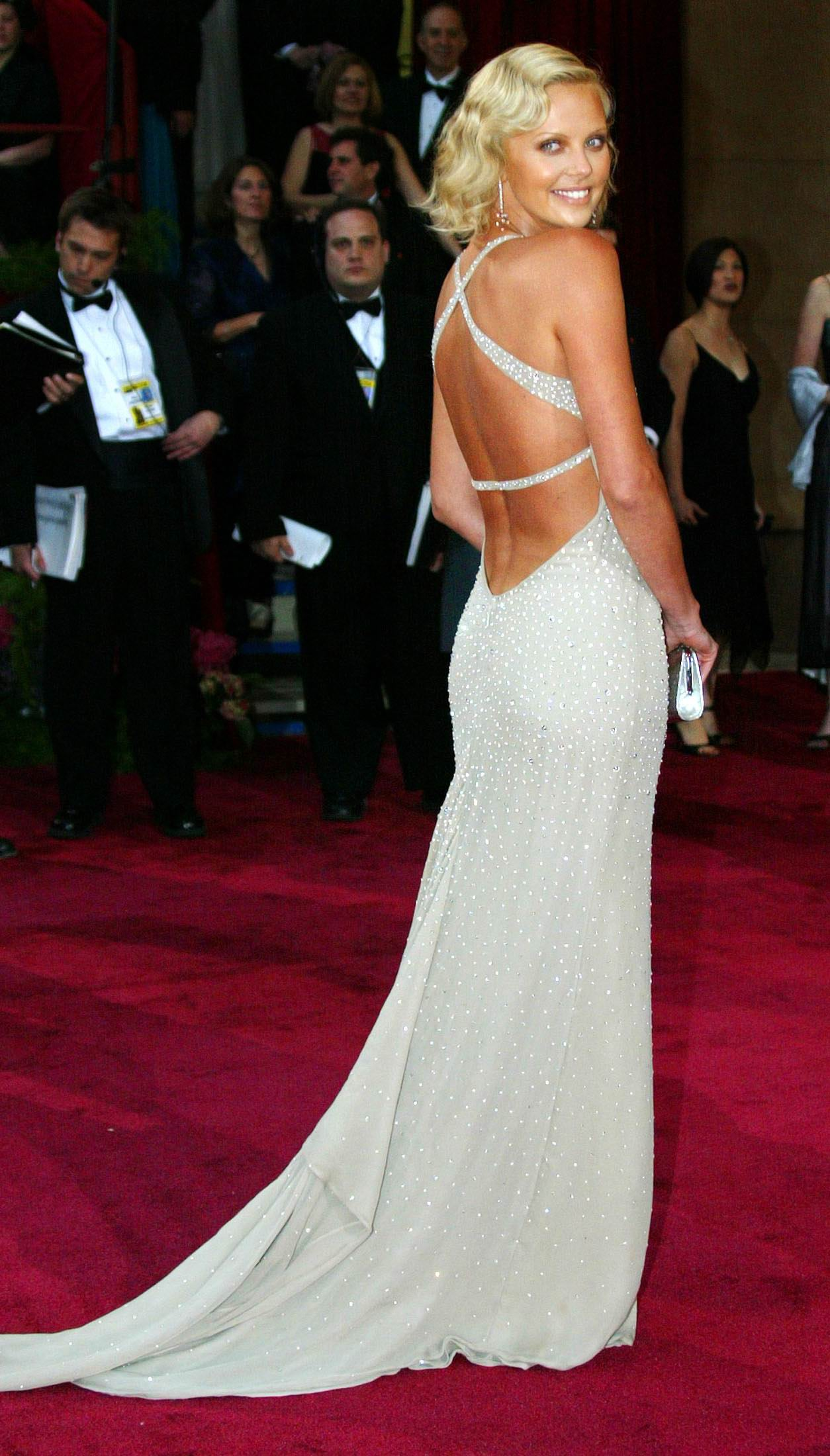Style Crush: Charlize Theron's Fashionable Looks | Fashion ...  Style Crush: Ch...