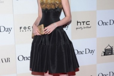 Anne Hathaway's Best Red Carpet's Looks